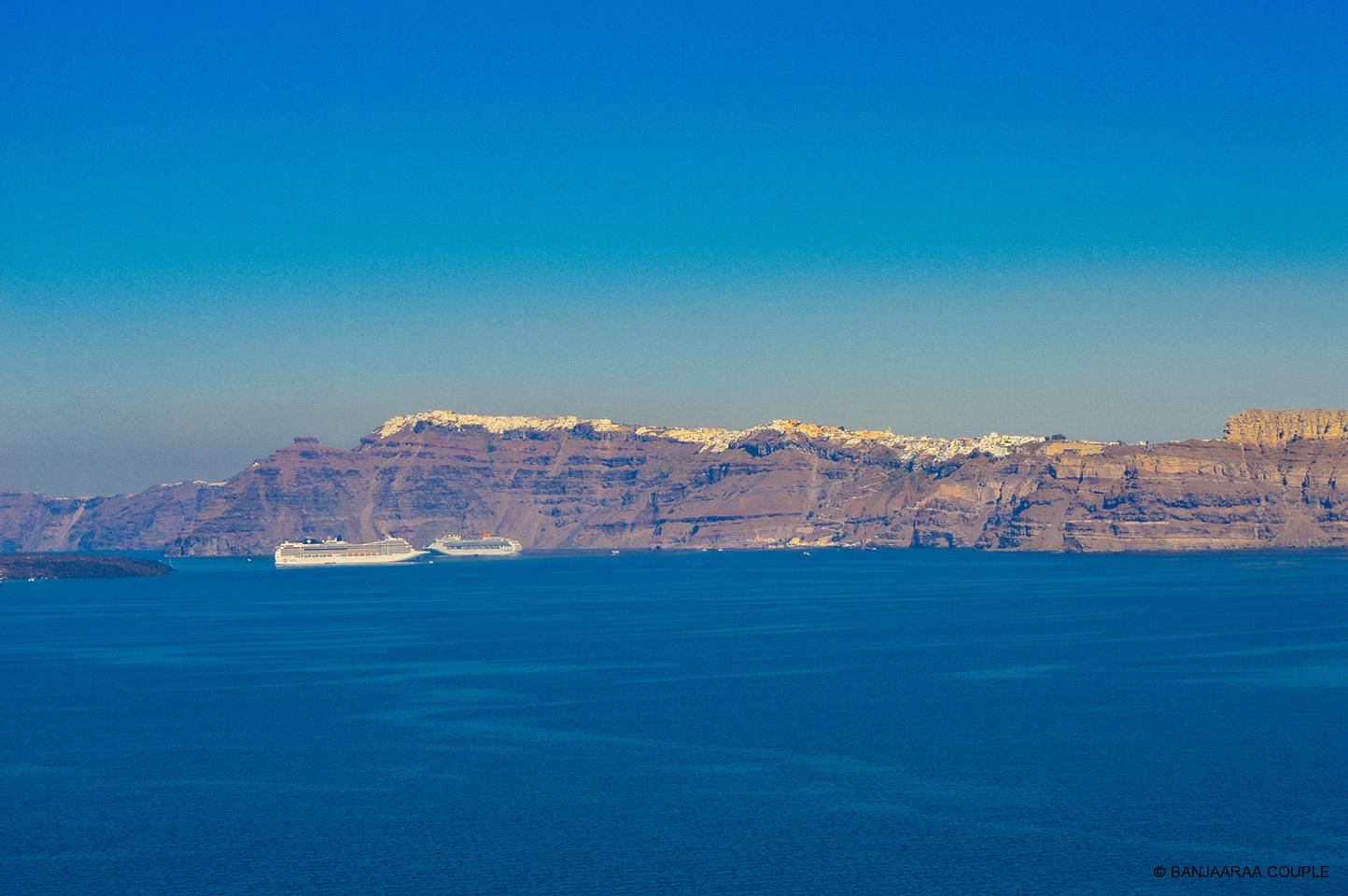 View of the Other side of the island. One can see Fira at the top and Port at the bottom