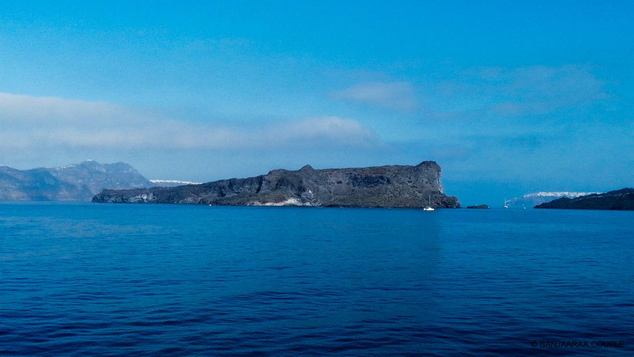 The island of Thirasia as seen from the ferry