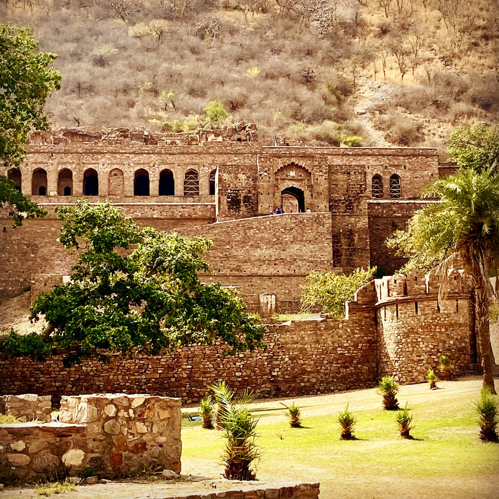 Mysterious Bhangarh Fort