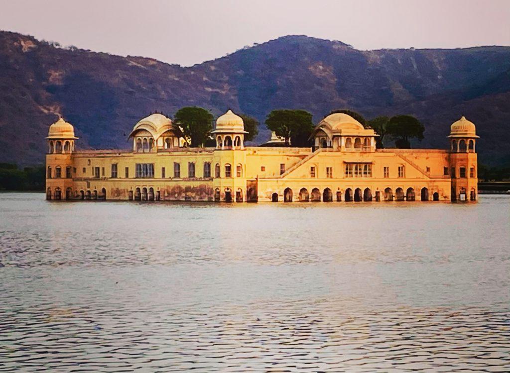 Jal Mahal in the middle of Man Sagar Lake